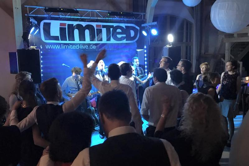 Hochzeit Party mit Limited in Langquaid Burgmayer Stadl